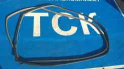 Уплотнитель двери. Toyota Caldina, ST210, AT211, CT216, ST215 Двигатели: 3SGTE, 3SGE, 3SFE, 7AFE, 3CTE