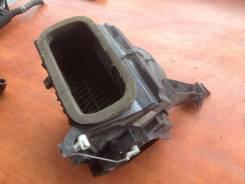 Корпус моторчика печки. Mitsubishi Pajero iO, H77W Двигатель 4G94