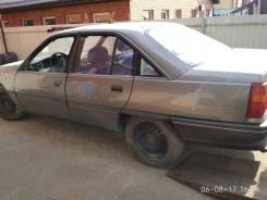 Opel Omega. 2 4I