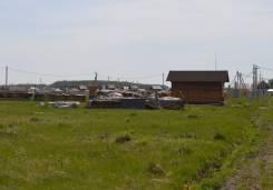 Продам участок 10 соток в коттеджном поселке, 5 км от Новосибирска. 1 000 кв.м., собственность, электричество, от частного лица (собственник)