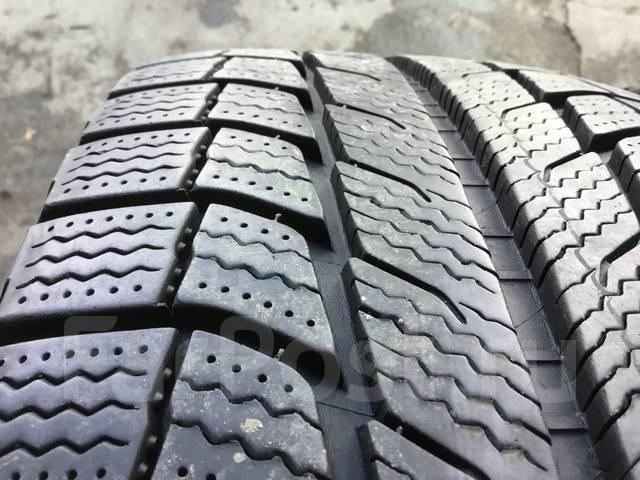 Michelin X-Ice. Зимние, без шипов, 2011 год, износ: 10%, 4 шт