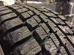 Dunlop SP Winter ICE 01. Зимние, шипованные, 2016 год, износ: 5%, 4 шт