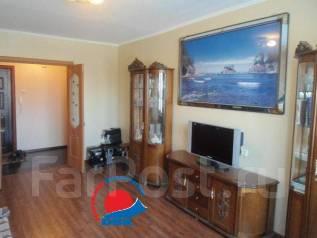 2-комнатная, улица Каплунова 8. 64, 71 микрорайоны, агентство, 51 кв.м.