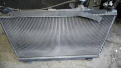 Радиатор охлаждения двигателя. Toyota Voxy, AZR60G, AZR60