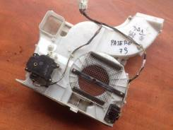 Корпус моторчика печки. Mitsubishi Pajero, V73W