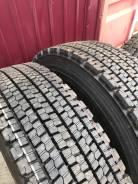 Bridgestone W900. Зимние, без шипов, 2015 год, без износа, 2 шт