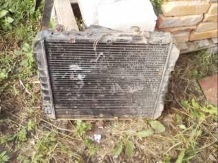 Радиатор охлаждения двигателя. Mazda Titan