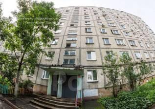 1-комнатная, улица Завойко 2. Столетие, проверенное агентство, 35 кв.м. Дом снаружи