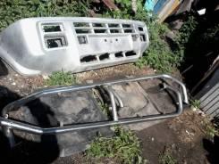 Бампер. Ford Maverick Nissan Mistral