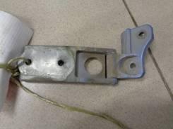 Петля багажника ВАЗ 2111 1998-2007, правая