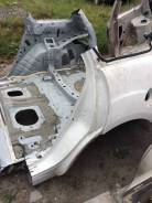Задняя часть автомобиля. Mazda CX-7