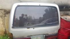 Стекло заднее. Toyota Hiace, KZH106G, KZH106W