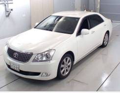 Toyota Crown Majesta. 206 207