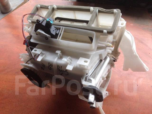 Печка. Toyota Prius, ZVW30, ZVW30L Двигатель 2ZRFXE