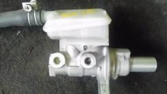 Цилиндр главный тормозной. Nissan Serena, NC25 Двигатель MR20DE