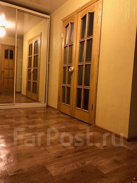 1-комнатная, улица Давыдова 35. Вторая речка, частное лицо, 48 кв.м. Прихожая