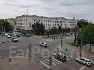 3-комнатная, улица Карла Маркса 57. Центральный, частное лицо, 70кв.м. Вид из окна днём