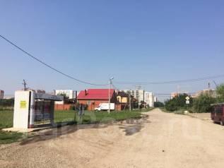 Продаю земельный участок в п. Плодородный, ул. Константиновская 4 сот. 400 кв.м., собственность, электричество, от агентства недвижимости (посредник)