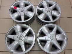 Nissan. 7.0x16, 6x139.70, ET38, ЦО 100,1мм.
