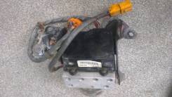 Блок abs. Isuzu Gemini, MJ5 Honda: Ballade, Civic, Integra SJ, Domani, Civic Ferio Двигатели: B16A6, B18B4, D15Z4, D16Y9, B16A, B16A2, B16A4, B16A5, D...