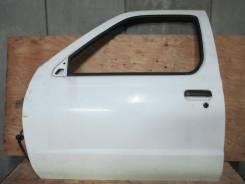Дверь передняя левая Nissan Datsun D22