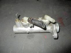 Цилиндр главный тормозной. Nissan Atlas, P4F23 Двигатель TD27