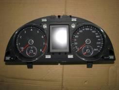 Панель приборов. Volkswagen Passat