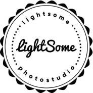Lightsome. Фотостудия на берегу моря.