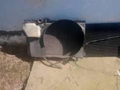 Радиатор охлаждения двигателя. Toyota Crown