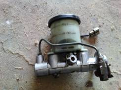 Цилиндр главный тормозной. Toyota Starlet, EP82 Двигатель 4EFTE