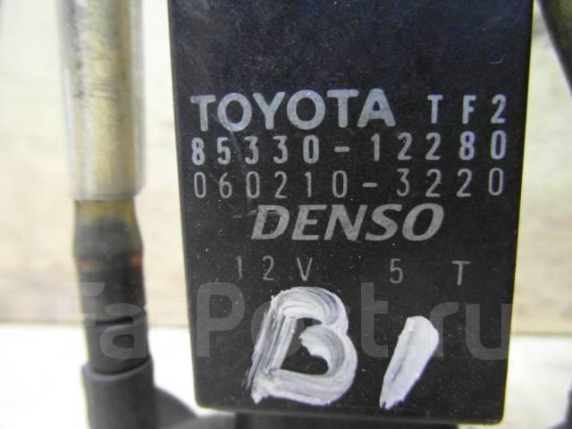 Мотор бачка омывателя. Toyota: Corona, Windom, Scepter, Ipsum, Sprinter Trueno, Corolla, Yaris Verso, Altezza, Probox, Tercel, Raum, Regius, Sprinter...