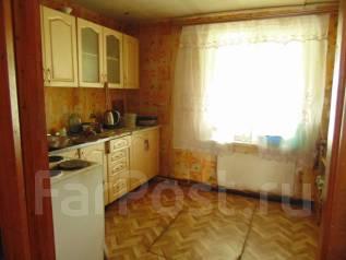 Продам дом с услугами 85 кв. м. Улица Вокзальная 12, р-н Хорольский, площадь дома 85 кв.м., скважина, электричество 15 кВт, отопление твердотопливное...