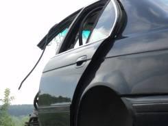 Дверь боковая. BMW 5-Series