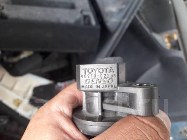 Катушка зажигания. Toyota: Corolla Fielder, Vista Ardeo, Isis, Voltz, Vista, Corolla, Yaris, Corolla Runx, MR-S, Premio, Aygo, Belta, RAV4, MR2, Altez...