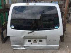 Дверь багажника. Nissan Vanette