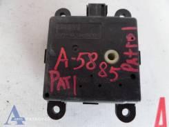 Мотор заслонки отопителя Nissan Patrol (Y61)