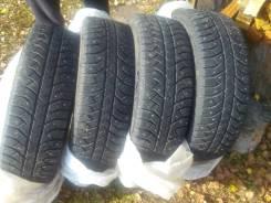 Bridgestone. Зимние, шипованные, износ: 10%, 4 шт