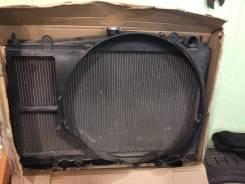 Радиатор охлаждения двигателя. Nissan Laurel
