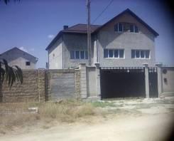 Код объекта 9729. Продаётся новый 3-этажный дом в Евпатории!. Урожайная, р-н Западный Крым, площадь дома 299 кв.м., централизованный водопровод, отоп...
