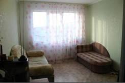 Ищу соседку в гостинку. Гостинка, р-н Баляева, аренда долгосрочная (год и более), мне 25 лет, пол женский
