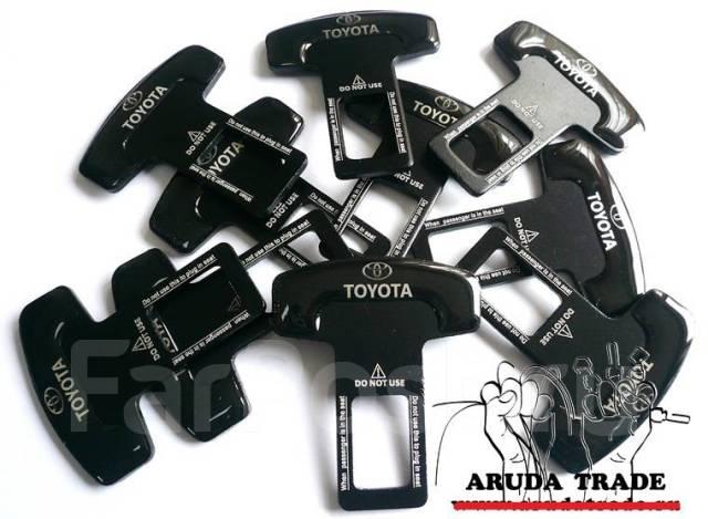 Заглушка в ремень безопасности Toyota