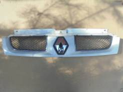 Решетка радиатора. Renault Trafic