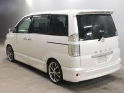 Toyota Voxy. автомат, 4wd, 2.0, бензин, б/п, нет птс. Под заказ