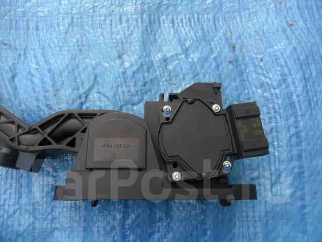 Педаль акселератора. Audi TT, 8N Двигатель AUQT