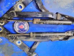 Амортизатор крышки багажника. Saab 9-5