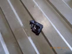 Кнопка стеклоподъемника. BMW X3, E83