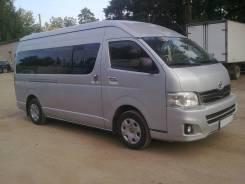 Toyota Hiace. Микроавтобус , 2 700 куб. см., 11 мест