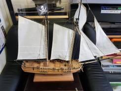 Продам модель парусника