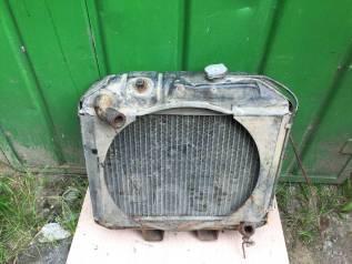 Радиатор охлаждения двигателя. ГАЗ 69