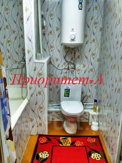 1-комнатная, улица Марины Расковой 2а. Борисенко, 35кв.м. Сан. узел